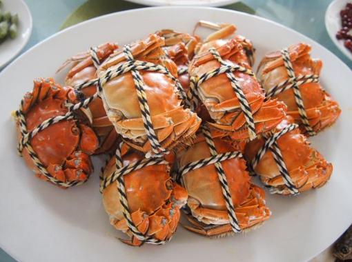 大闸蟹蒸到一半可以打开锅吗