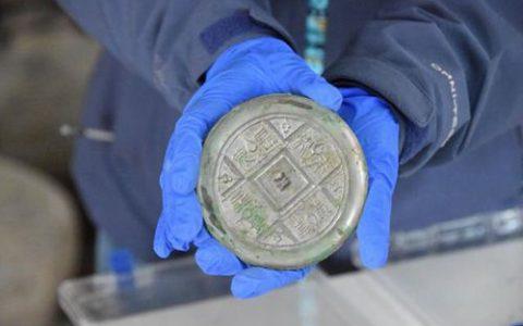 2000多年西汉铜镜仍光可鉴人