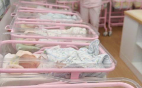 马里一产妇生下九胞胎 这肚子怎么装得下