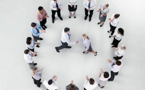 如何提升团队凝聚力(提高团队的凝聚力的5种方法)